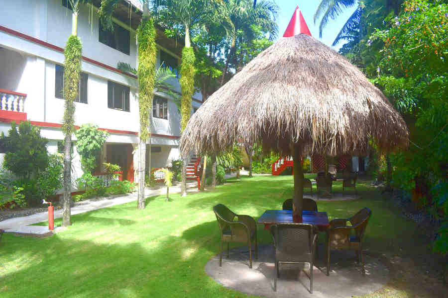 eco friendly gardens in boracay eco resort